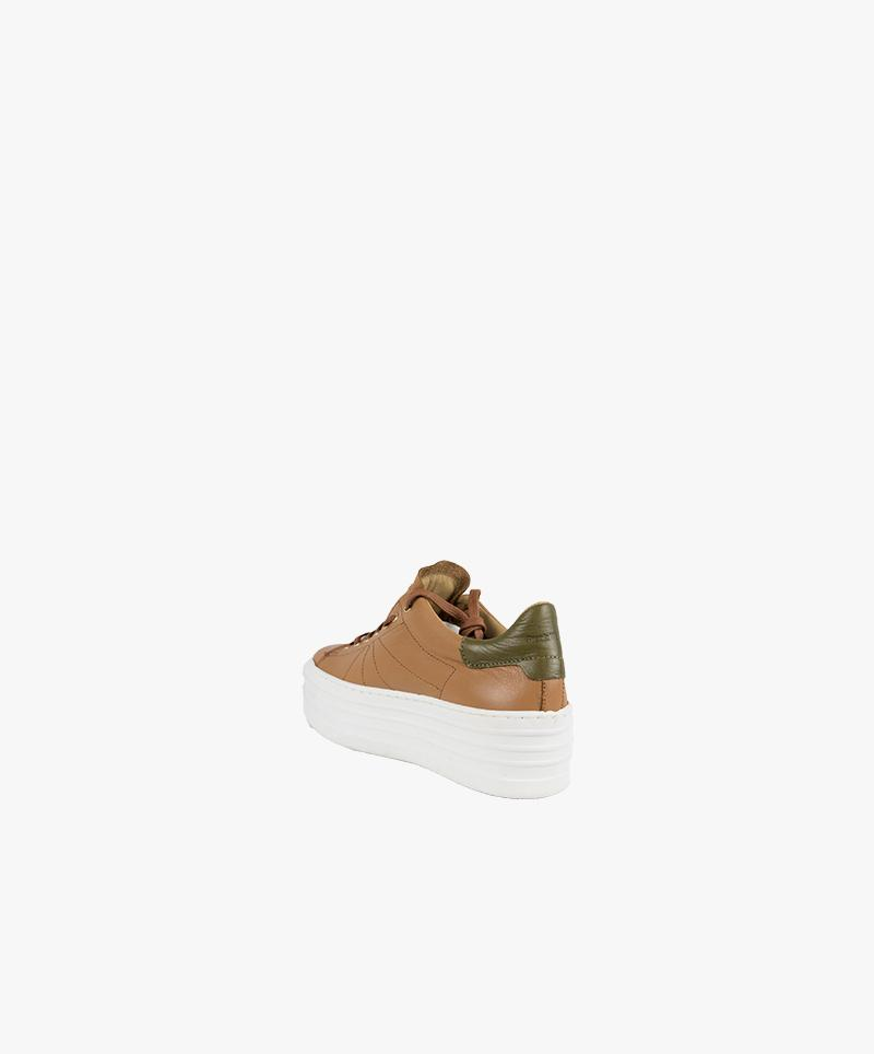 Thick-soled leather sneaker