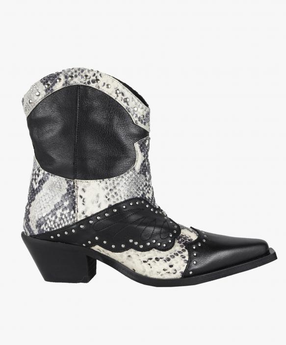 Montana Boots - Black