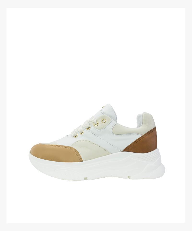 Snearker Victoria
